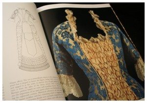 Fashion_book_page